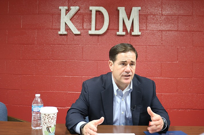 Gov. Doug Ducey was in Kingman on Friday for Brews and Brats Oktoberfest, and while here spoke about solar power, health care and the interests of Mohave County residents. (Photo by Vanessa Espinoza/Daily Miner)