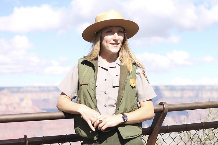 Ranger Sarah Acomb shares information about Grand Canyon with visitors from all over the world. (Loretta Yerian/WGCN)