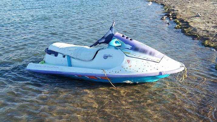 Unoccupied vessel on Lake Mead has rangers seeking information