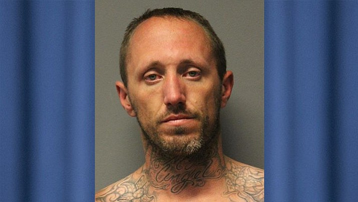 Man wanted by law enforcement known to frequent Cordes Lakes | The