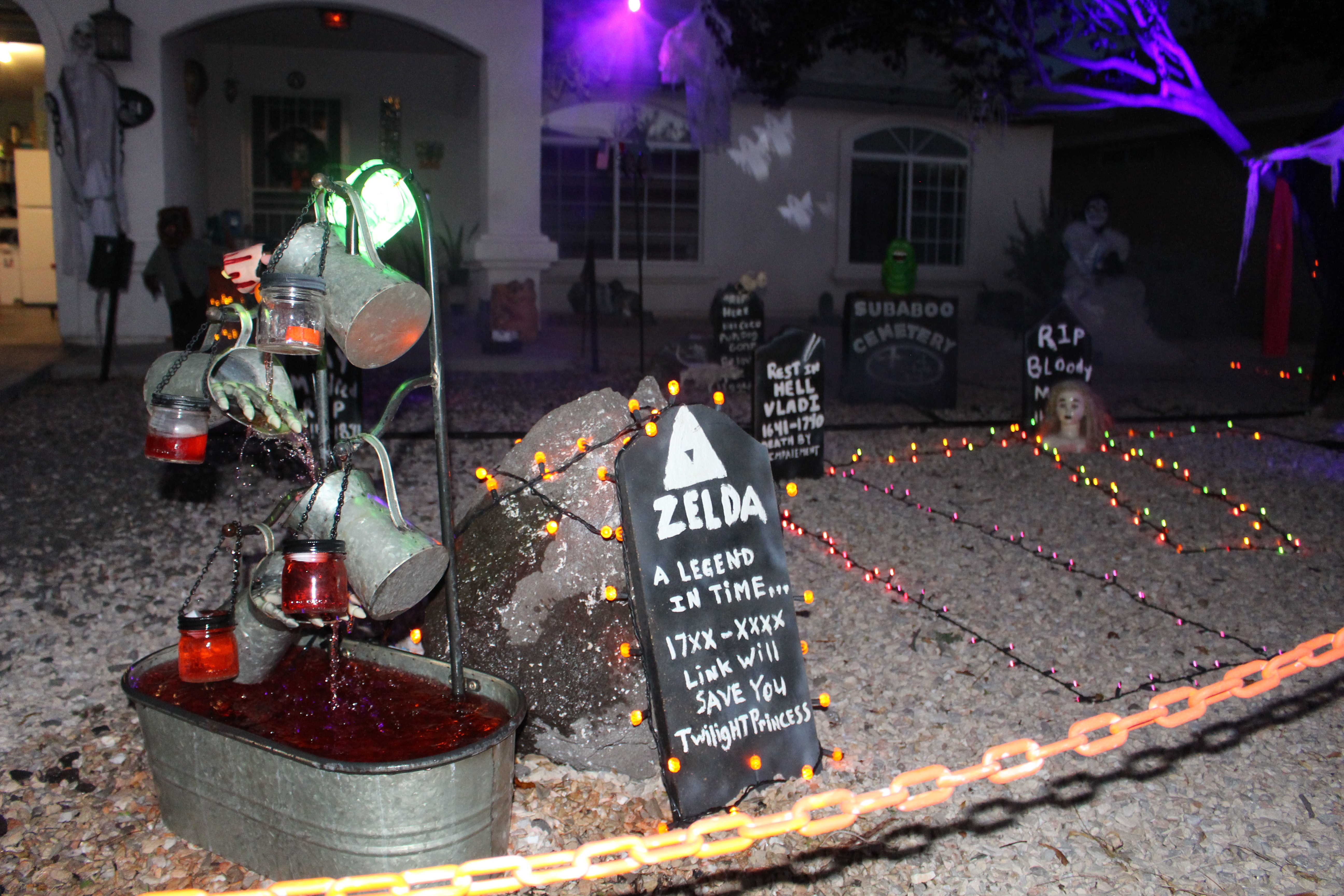 kingman families get into halloween spirit with decorated houses