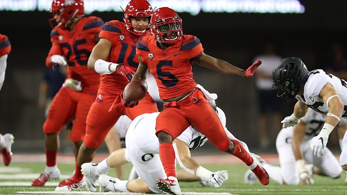 Arizona's Shun Brown caught 10 passes for 96 yards in the Wildcats thrashing of Oregon in Tucson Saturday. (Photo by Stan Liu/Arizona Athletics)