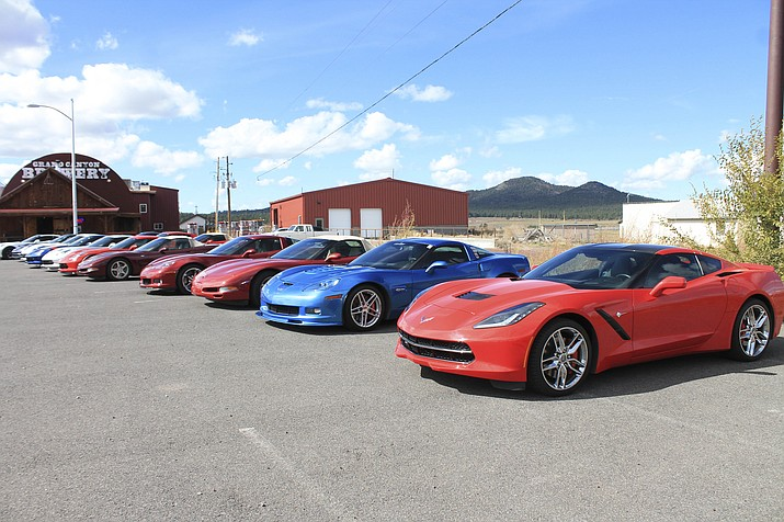 Members of the Prescott Vette Sette Corvette Club enjoy a drive to Williams Oct. 24 to enjoy scenic views and to dine and tour the Grand Canyon Brewery. (Loretta Yerian/WGCN)