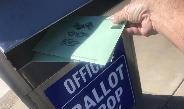 Voters have until 7 p.m. Tuesday, Nov. 6, to vote or drop off their mail-in ballots at drop boxes. (Les Stukenberg/Courier)