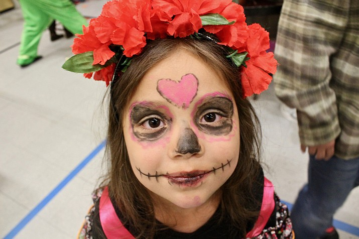 Grand Canyon students flocked to the annual Halloween carnival held at the school Oct. 25. (Photo/Grand Canyon yearbook staff)