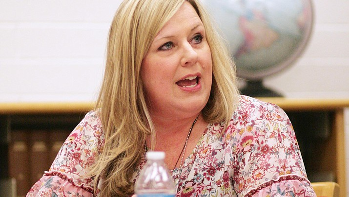Genie Gee assumes dual role as Mingus superintendent, principal