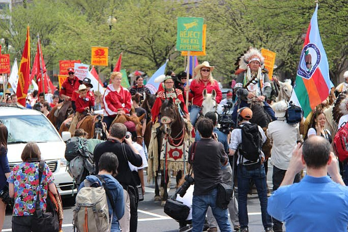 Members of the Cowboy and Indian Alliance rode on horseback and protested in unison against the Keystone XL Pipeline. (Vincent Schilling)