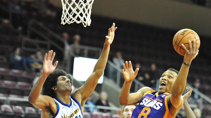 Warriors use big 2nd half to best NAZ Suns 115-112