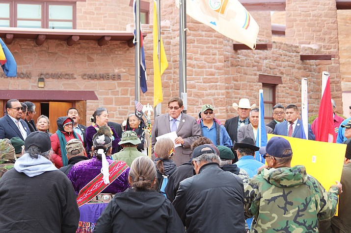 Lorenzo Bates (center) Navajo Nation speaker, delivers a message to veterans, friends and family members in Window Rock Nov. 11. (Office of the Speaker)