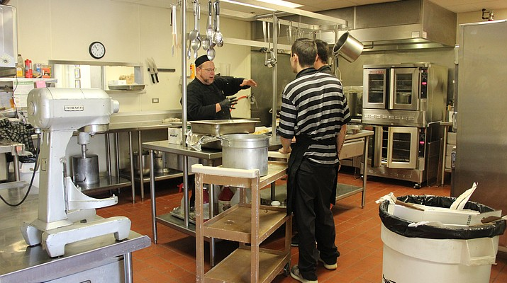 $45,000 from D-backs revamps Meals on Wheels kitchen