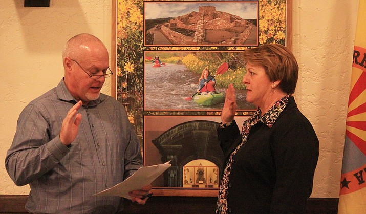 Debbie Hunseder, left and Bill Regner, below, are sworn in to Clarkdale Town Council Tuesday. Richard Dehnert was also reappointed to serve as vice mayor. VVN/Kelcie Grega