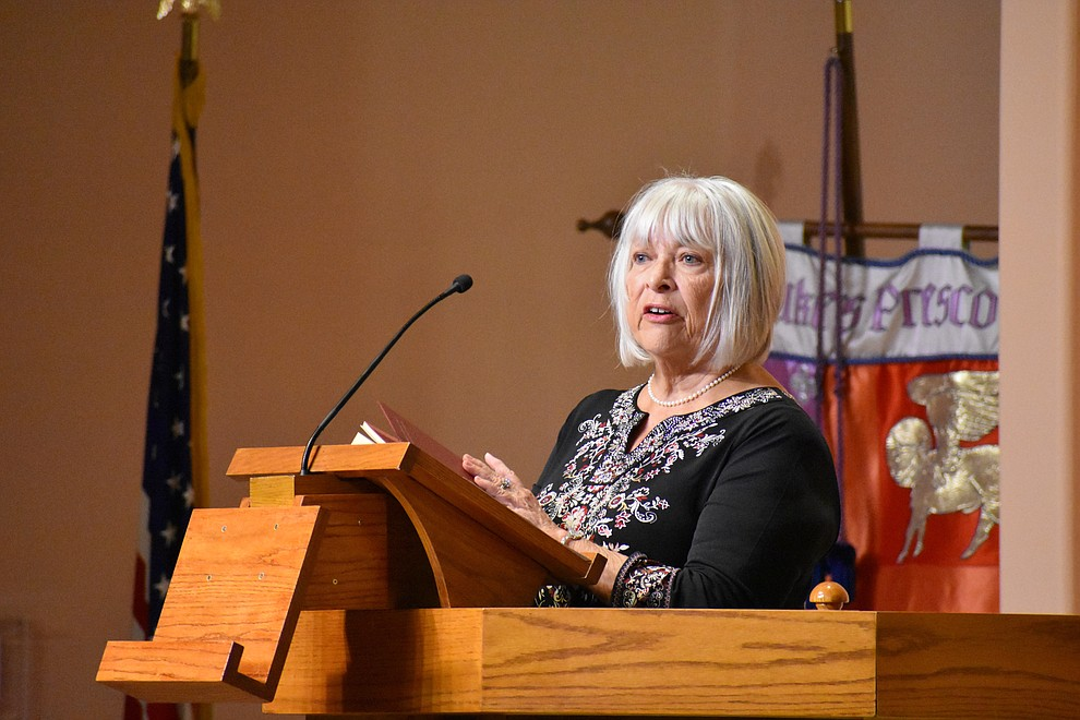 "Annie Lovell of Baha'i Faith Community speaks during the 2018 Celebration of Thanks concert held Thursday, Nov. 15 at St. Luke's Episcopal Church in Prescott. The annual event, called ""Many Voices of Thanks,"" brings together choirs, musicians, dancers and speakers from many faith beliefs and is sponsored by the Quad City Interfaith Council. (Richard Haddad/WNI)"