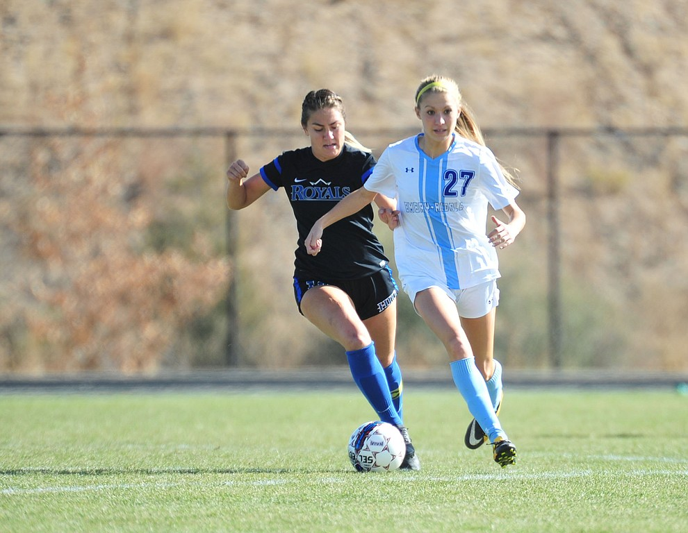 Embry Riddle's Maddy Mak drives the ball upfield as the Eagles take on Hope International in the first round of the NAIA National Championship Tournament in Prescott Saturday, November 17, 2018. (Les Stukenberg/Courier).