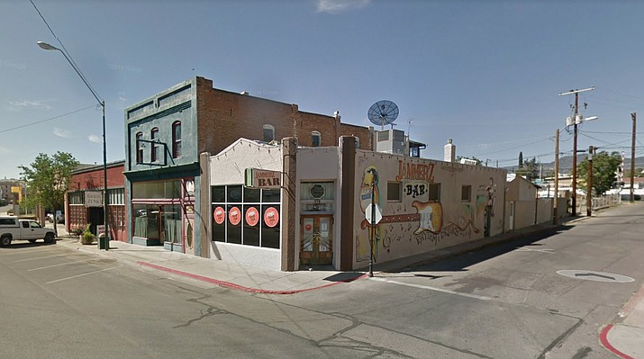 Globe Police confirmed that Jammerz bar in Globe, Arizona, had its liquor license indefinitely suspended by the Arizona Department of Liquor Licenses and Control after a gunman opened fire and killed three people inside last week. (Google Earth photo)