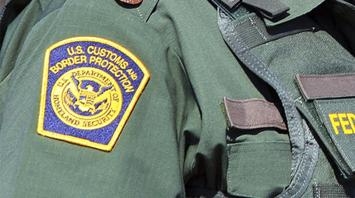 Feds: Ex-border patrol agent sold guns illegally
