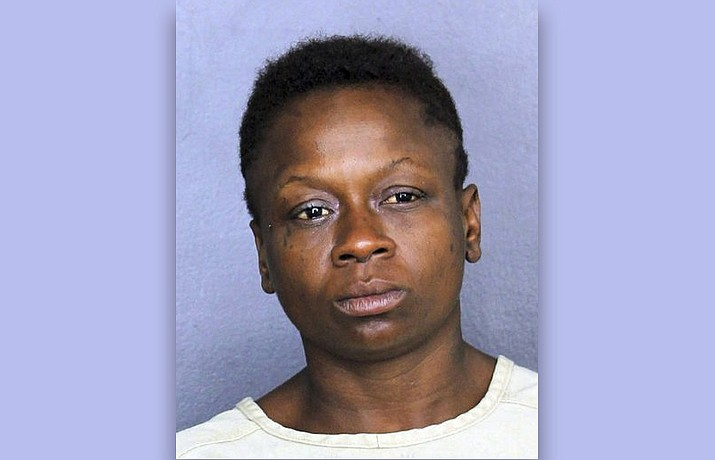 Shenetta Yvette Wilson faces an aggravated assault charge after authorities say she passed gas in line at a Dollar Store in Dania Beach, Fla., and pulled a knife on a man who complained about it. (Broward County Sheriff's Office)