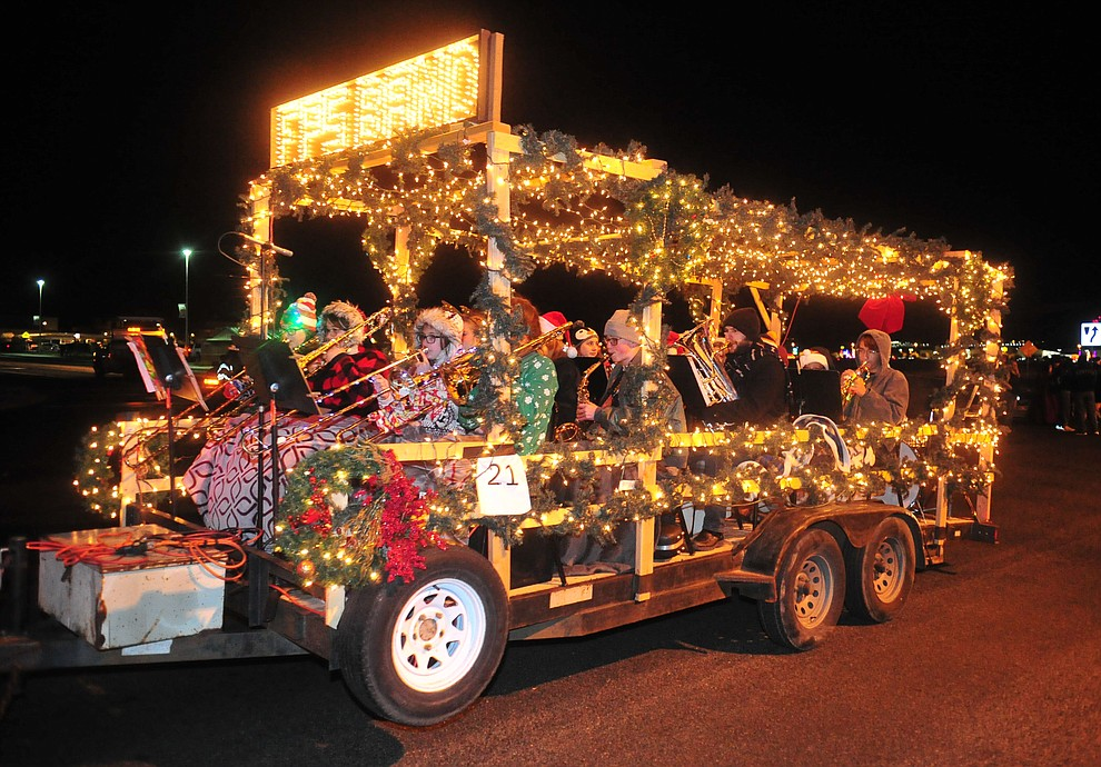Prescott Valley holds their annual Festival of Lights Parade and Civic Center lighting Friday, Nov. 30, 2018. 52 entries traveled around the Prescott Valley Civic Center and Library. (Les Stukenberg/Courier).