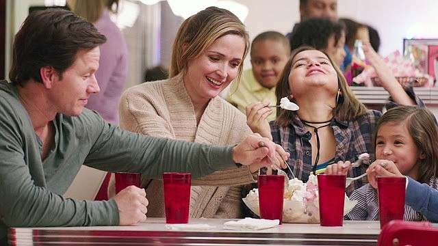 'Instant Family' is instantly entertaining