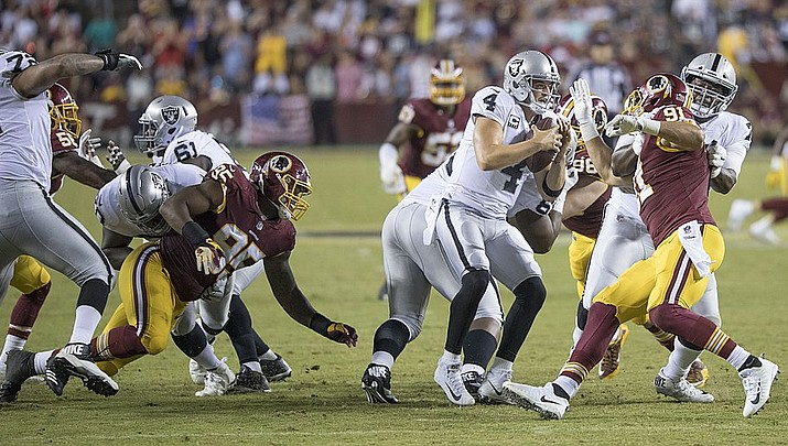 Boswell's missed FG sends Steelers to 24-21 loss to Raiders