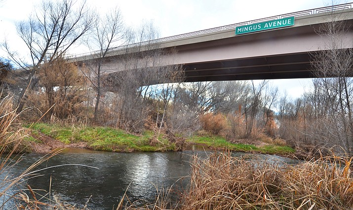 The Verde River flows under the bridge at Mingus Avenue in Cottonwood. A new bridge will now be constructed between I-17 and the two bridges in Cottonwood as part of the new Verde Connect roadway project. VVN/Vyto Starinskas