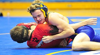 Prescott grapplers finish 1-1 in section meet photo