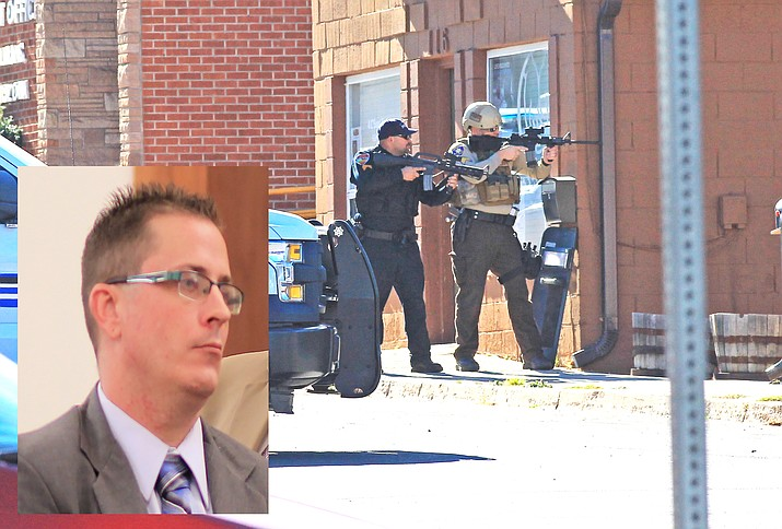 Williams Police officer John Romero works with Coconino County deputies to cover the front entrance to an apartment building on First Street in Williams Nov. 28, 2017. Officers were responding to an armed suicidal subject. Inset: Jowell Gutierrez. (Wendy Howell/WGCN)