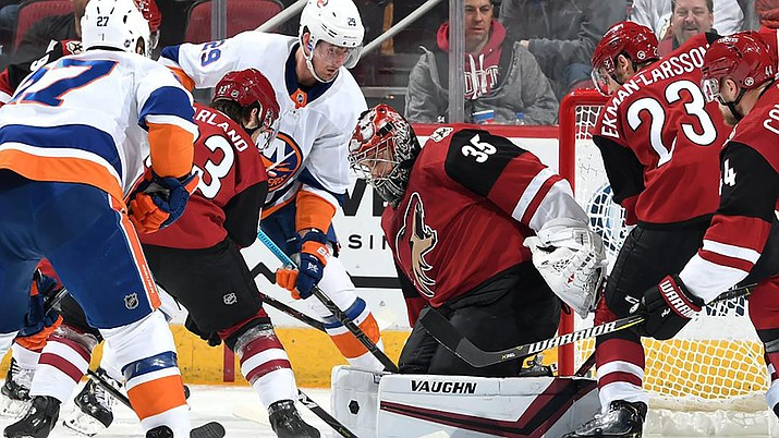 Darcy Kuemper (35) stopped 29 of 32 shots for the Coyotes, who are 1-6-0 since winning four games in a row. (Photo courtesy of Arizona Coyotes)