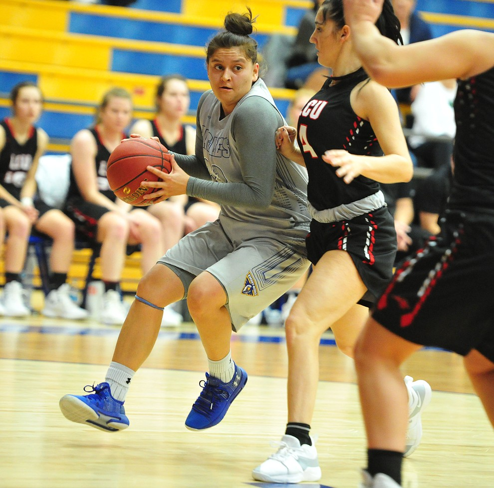 Embry Riddle's Danae Ruiz drives to the lane as the Eagles face the Lincoln Christian Red Lions Thursday, Dec. 20, 2018 in Prescott. (Les Stukenberg/Courier).