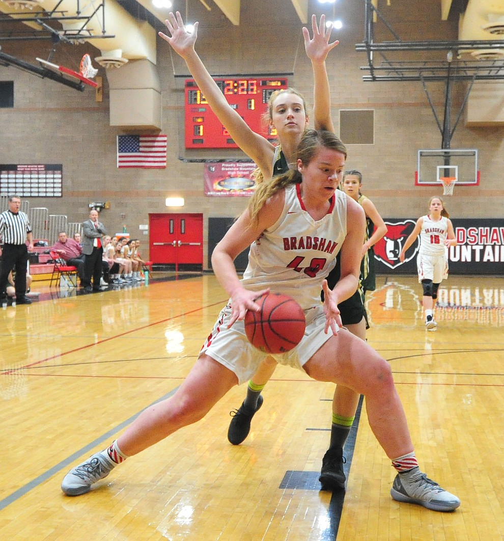 Bradshaw Mountain's Delanie Clark makes her move to the basket as the Bears host the Mohave Thunderbirds in a basketball matchup Friday night in Prescott Valley. (Les Stukenberg/Courier).