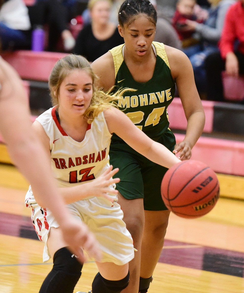 Bradshaw Mountain's Macy Fournier drives past a defender as the Bears host the Mohave Thunderbirds in a basketball matchup Friday night in Prescott Valley. (Les Stukenberg/Courier).