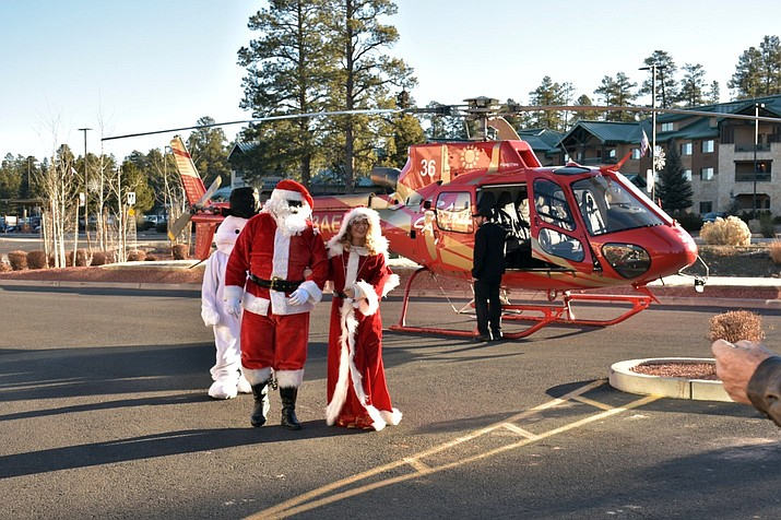 Santa and Mrs. Claus arrive at the Grand Canyon Best Western Premier Squire Inn Dec. 20. (Submitted photo)