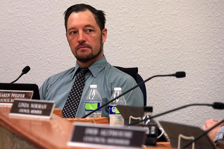 Cottonwood Mayor Tim Elinski