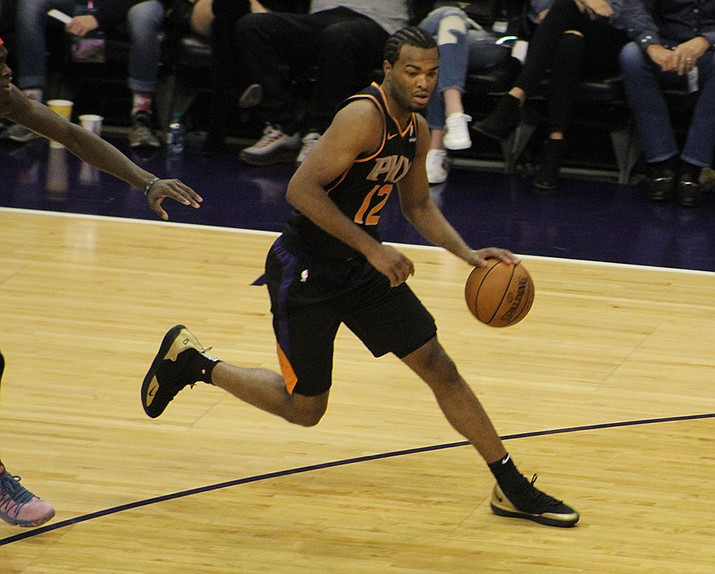 Phoenix's T.J. Warren finished with 20 points Friday night in a 121-111 loss to the Clippers. The Suns host Charlotte Sunday. (Daily Miner file photo)