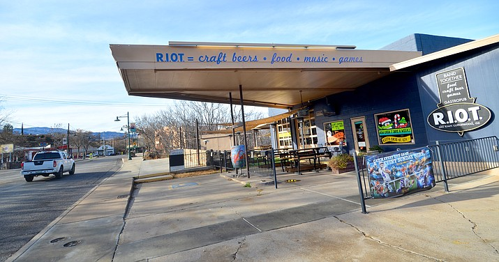 The RIOT bar in Old Town Bar in Cottonwood will close the big garage doors for the final time on Sunday. VVN/Vyto Starinskas