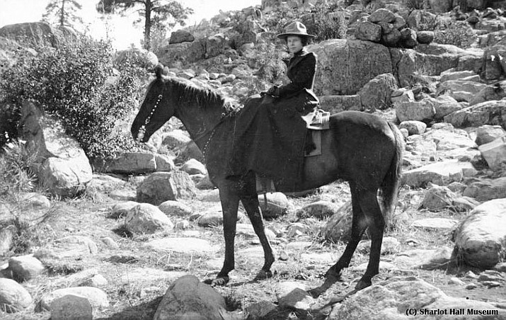 Frances Willard Munds on horse at unknown location. Wingfield, Benedict and Munds Collection, Call # pb129fli6. (SHM Library & Archives/Courtesy photo)