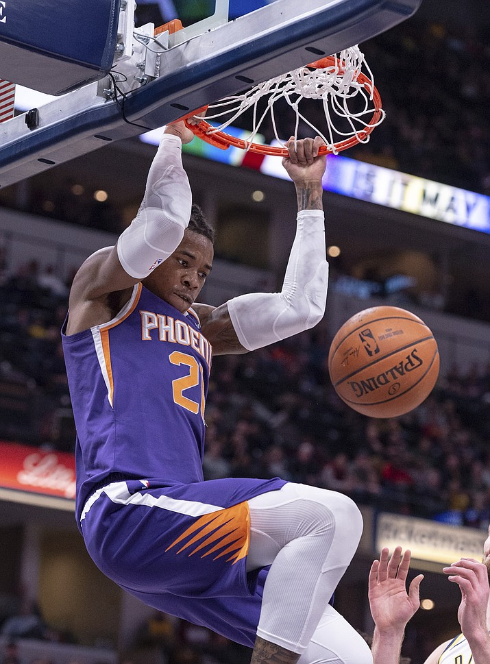 Phoenix Suns forward Richaun Holmes dunks during the first half of the team's NBA basketball game against the Indiana Pacers on Tuesday, Jan. 15, 2019, in Indianapolis. (Doug McSchooler/AP)