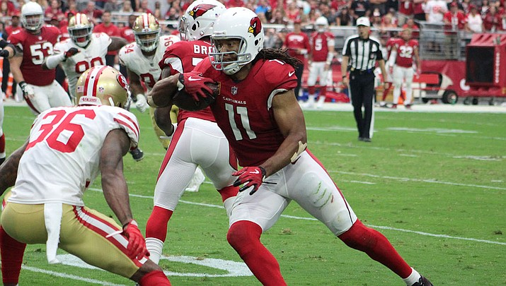 Larry Fitzgerald signed a one-year contract Wednesday to return to the Arizona Cardinals for his 16th season. (Daily Miner file photo)