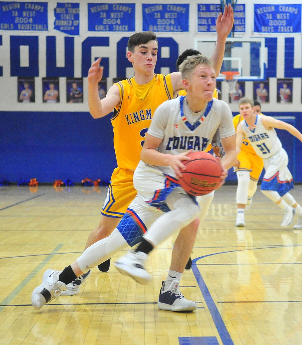 Chino Valley's Kaleb Burns drives to the paint as they face the Kingman Bulldogs Thursday, Jan. 24, 2019 in Chino Valley. (Les Stukenberg/Courier).