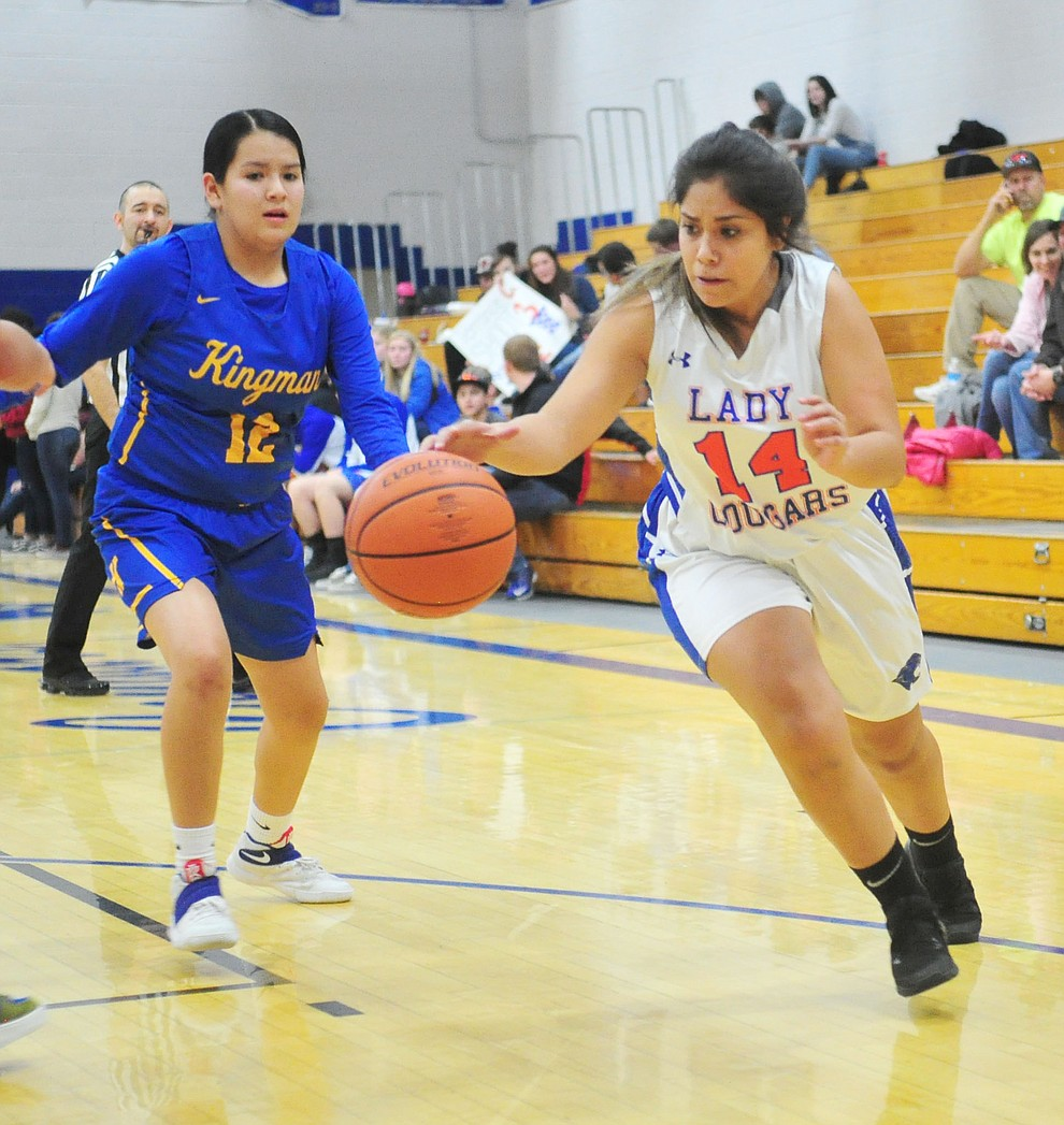 Chino Valley's Crystal Sanchez drives to the hoop as they face the Kingman Bulldogs Thursday, Jan. 24, 2019 in Chino Valley. (Les Stukenberg/Courier).