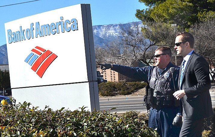 Cottonwood Police Chief Steve Gesell was in his first week on the job when the Cottonwood branch of the Bank of America was burglarized. About $350,000 was stolen in the heist. (Vyto Starinskas/Verde Independent)