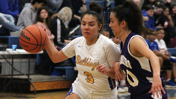 Sukwana Quasula scored a game-high 19 points Tuesday as Kingman High defeated Wickenburg 57-39 for its ninth win in the 3A West Region. (Photo by Beau Bearden/Daily Miner)