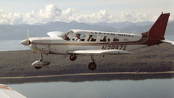 The 16-year-old boy was in the front passenger seat of a Piper Cherokee Six similar to this one when he briefly took control of the plane during a commercial flight over western Alaska, authorities said. (Public Domain photo of Piper PA-32 Cherokee Six courtesy of Snapper1)