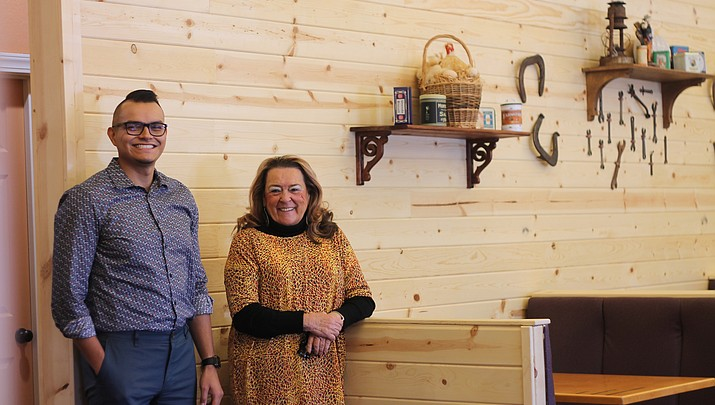Just like grandma's: Chicken Kitchen to open for all day eats in Tusayan