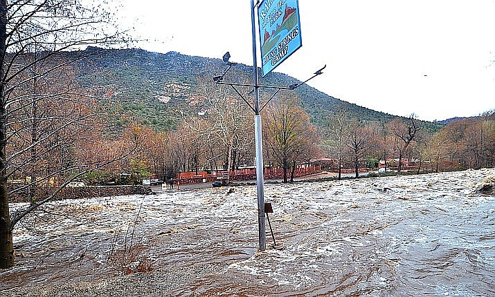 Water levels are expected to rise around 11 feet on Oak Creek, according to NWS. These levels are analogous to the flooding levels on Feb. 2 and 3, according to Brian Klimowski, meteorologist with the National Weather Service. (Vyto Starinskas/VVN)