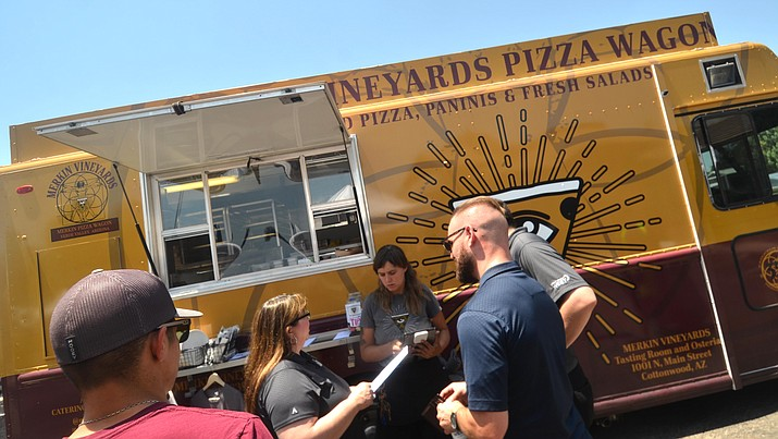 An ordinance that will relax city restrictions on food trucks in the city will come before the Cottonwood City Council Tuesday. VVN/Vyto Starinskas