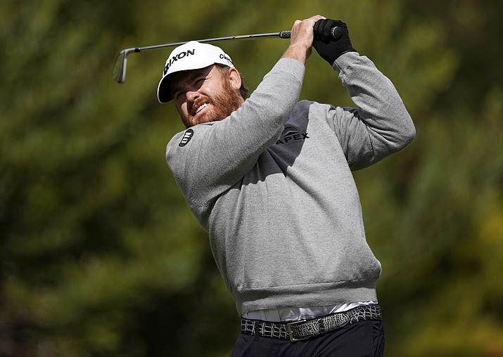 J.B. Holmes hits his tee shot on the fourth hole during the final round of the Genesis Open golf tournament at Riviera Country Club on Sunday, Feb. 17, 2019, in the Pacific Palisades area of Los Angeles. (Ryan Kang/AP)