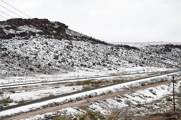 According to Chelsea Kryston, a National Weather Service meteorologist, Kingman could receive between 4 to 8 inches of snow throughout the course of the winter storm warning. (Photo by Vanessa Espinoza/Daily Miner)