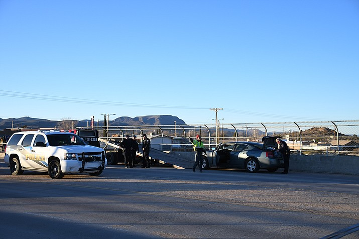 Kingman Police Department officers responded to an incident Tuesday where they arrested two 17-year-old boys during a traffic stop on Hualapai Mountain Road. (Photo by Vanessa Espinoza/Daily Miner)