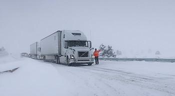 Winter storm brings record snowfall to parts of Arizona photo