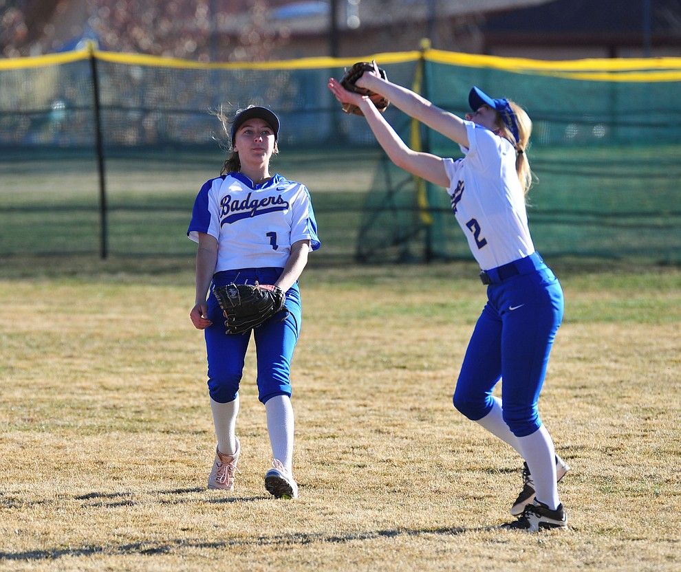 Prescott's Kendall Crockett makes the catch in shallow right field as the Badgers host the Mingus Marauders Tuesday, March 5, 2019 in Prescott. (Les Stukenberg/Courier)